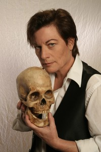 Lisa Wolpe as Hamlet. Photo by Michael Lamont